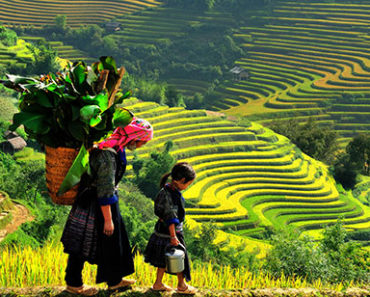 Sapa ethnic people - Vietnam package tour